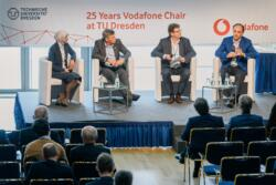 119 20190930 25years vodafone chair 120